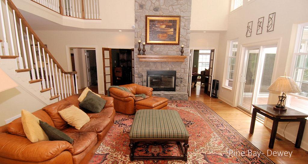 2dRESIZED Living Room Fireplace.jpg