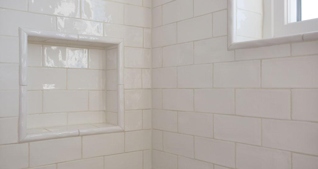 9 Shower Niche - 306 laurel.jpg