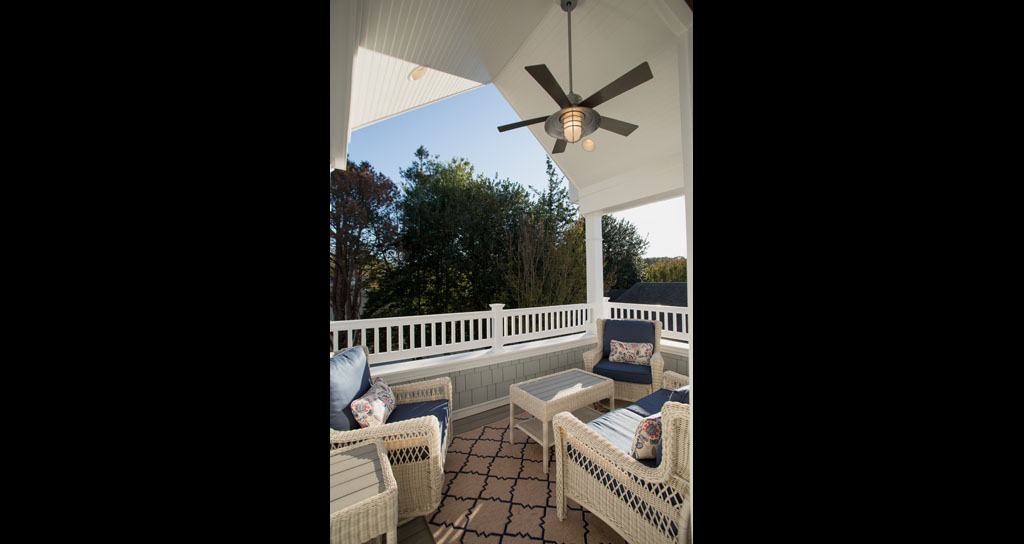 Covered Deck - 306 Laurel.jpg